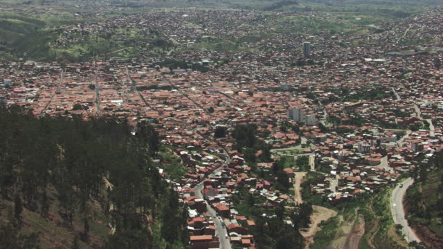 bolivia : wide city plan of sucre - ボリビア点の映像素材/bロール