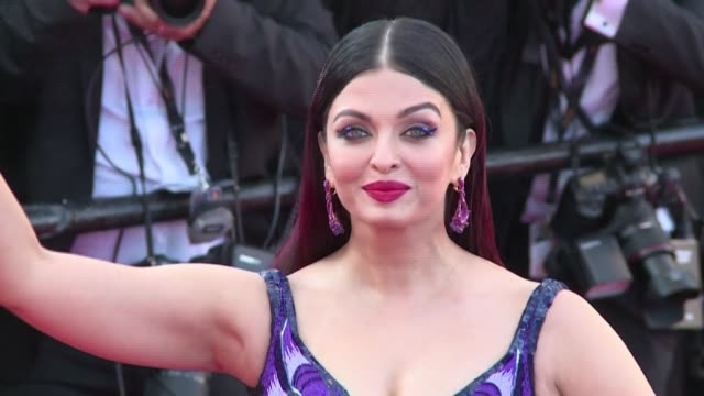 bollywood star and former miss world aishwarya rai bachchan has been moved to a mumbai hospital along with her eight-year-old daughter, nearly a week... - früherer stock-videos und b-roll-filmmaterial