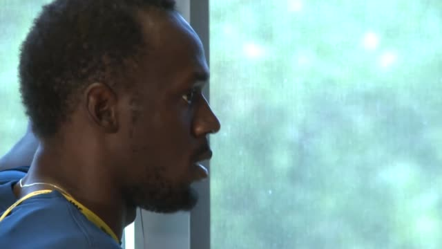 vídeos de stock, filmes e b-roll de bolt says it is down to all athletes to save the sport from doping bolt - abuso de substâncias