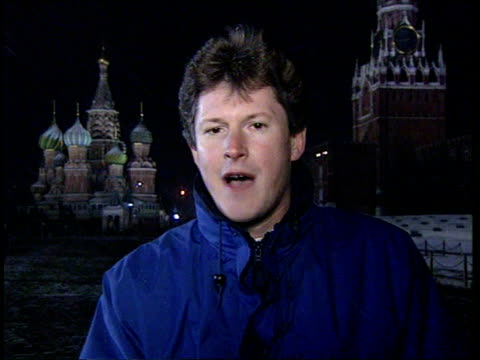 bombing of grozny resumed; russian federation: conflict: bombing of grozny resumed; ext/night russia: moscow: cms williams i/c sot & sign off - grosny stock-videos und b-roll-filmmaterial