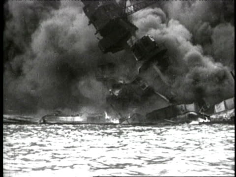bombing of uss arizona - anno 1941 video stock e b–roll