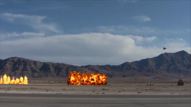 vídeos de stock, filmes e b-roll de f-15e bombing - nellis air force base