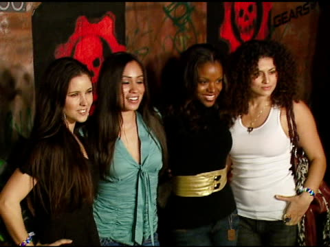 bombshell babies at the xbox 360 'gears of war' launch at hollywood forever cemetery in los angeles, california on october 25, 2006. - ギアーズオブウォー点の映像素材/bロール
