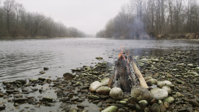 WS Bonfire by the river in the morning