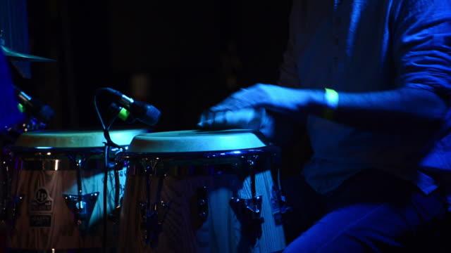 vídeos y material grabado en eventos de stock de bongo player - jazz