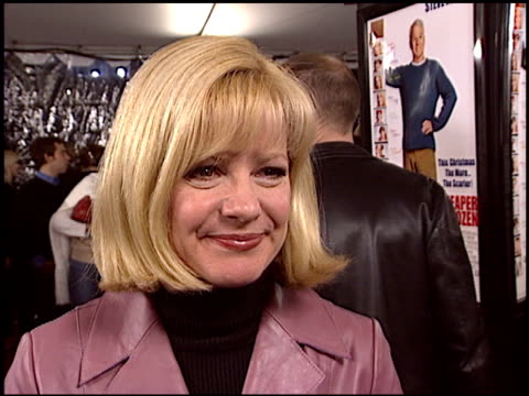 bonnie hunt at the 'cheaper by the dozen' premiere at grauman's chinese theatre in hollywood california on december 14 2003 - dozen stock videos & royalty-free footage