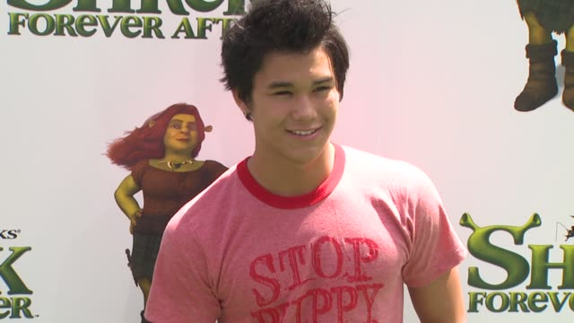 booboo stewart at the 'shrek forever after' premiere at universal city ca - universal city video stock e b–roll