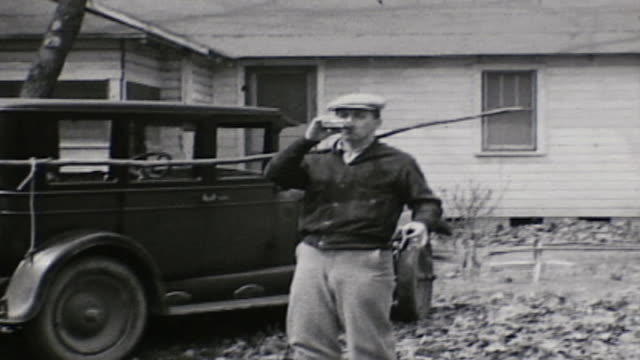 bootleg booze party in the prohibition era - 密輸点の映像素材/bロール