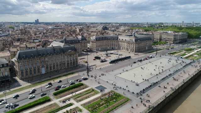 bordeaux, aerial view of quai de lune and place de la bourse - stadtzentrum stock-videos und b-roll-filmmaterial