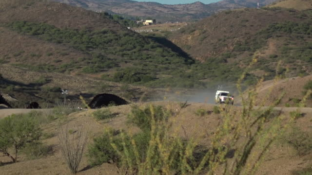 border patrol vehicle patrolling the southern arizona, mexican border, to stop illegal drugs and illegal immigrants from entering the usa - arizona stock videos & royalty-free footage