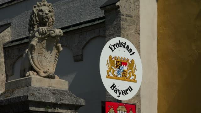 border sign freistaat bayern in burghausen, upper bavaria, bavaria, germany - animal representation stock videos & royalty-free footage