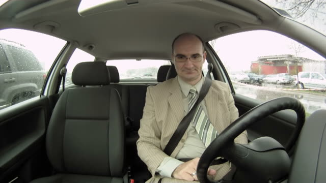 HD TIME-LAPSE: Bored Businessman In The Car
