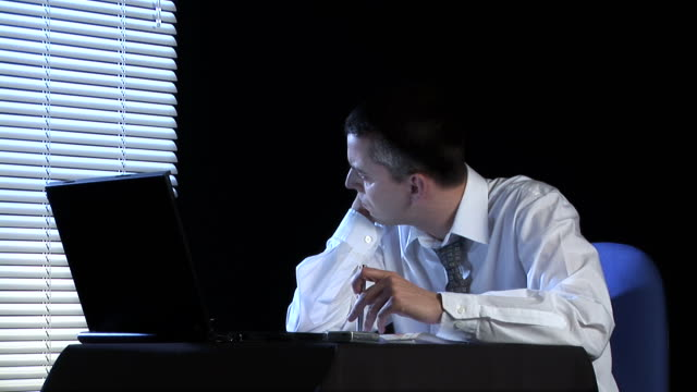 hd: bored office worker - wasting time stock videos & royalty-free footage