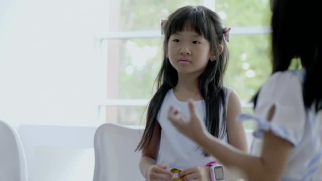 boredom little girl at schoolgirl - storytelling stock videos & royalty-free footage