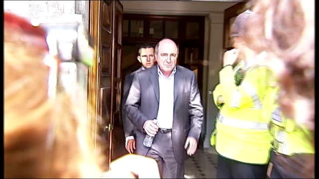 inquest told berezovsky was depressed lib london berezovsky out of building past press to car - 実業家 ボリス・ベレゾフスキー点の映像素材/bロール