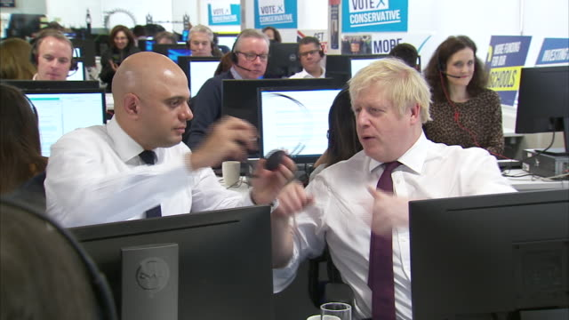 boris johnson and sajid javid on the phones at a conservative party campaign call centre - telephone stock videos & royalty-free footage