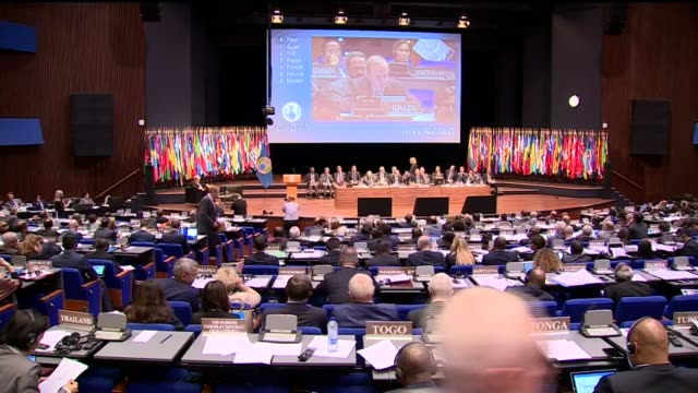 boris johnson attends opcw meeting netherlands the hague boris johnson along into organisation for the prohibition of chemical weapons meeting and... - the hague 個影片檔及 b 捲影像