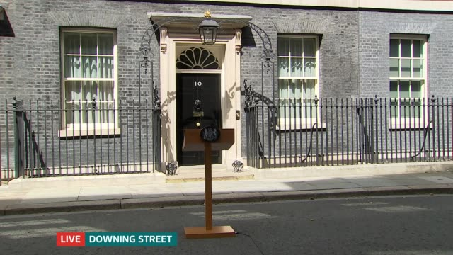 itv news special 1400 1500 england london downing street ext gvs press outside no 10 - image manipulation stock videos and b-roll footage