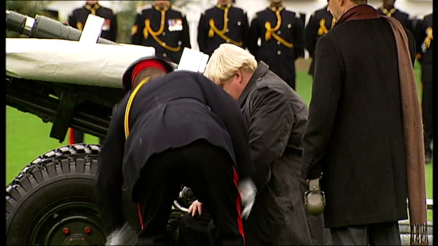 boris johnson fires gun salute to launch london poppy day appeal england london the honourable artillery company armoury house ext members of... - ear protectors stock videos and b-roll footage