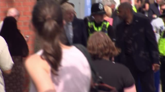 boris johnson pledges 20000 new police officers boris johnson and priti patel on patrol with police officers englamd west midlands birmingham ext... - priti patel stock-videos und b-roll-filmmaterial