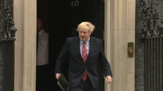 boris johnson pm arrives to deliver his speech outside number 10 downing street after returning to work after recovering from coronavirus - building entrance stock videos & royalty-free footage