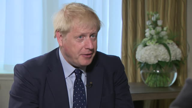 boris johnson saying there's no way to get brexit done without displeasing those who don't want to get brexit done - finishing stock videos & royalty-free footage