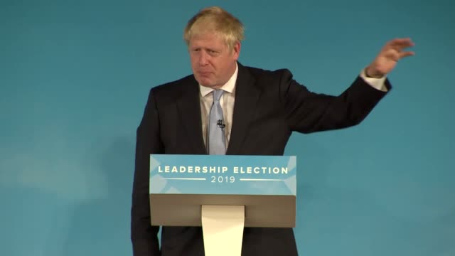 vídeos y material grabado en eventos de stock de boris johnson says the only way to ensure brexit happens by october 31 is to prepare for a nodeal exit from the european union mr johnson was... - bournemouth
