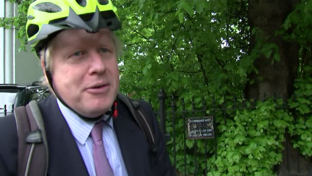 boris johnson to attend political cabinet meetings london boris johnson mp interview sot i'm going to serve my constituency in uxbridge and south... - politische gruppe stock-videos und b-roll-filmmaterial