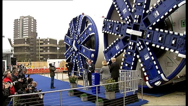 boris johnson unveils crossrail tunnelling machines; england: london: westbourne park: ext boris johnson and justine greening mp switching on first... - hochziehen stock-videos und b-roll-filmmaterial