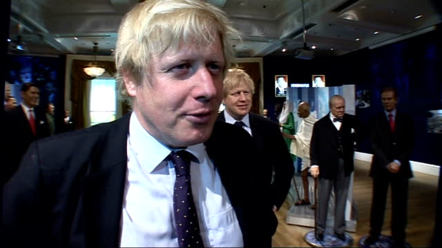 boris johnson waxwork unveiled at madame tussauds england london madame tussauds photography *** waxwork model of boris johnson on show boris johnson... - madame tussauds stock videos & royalty-free footage