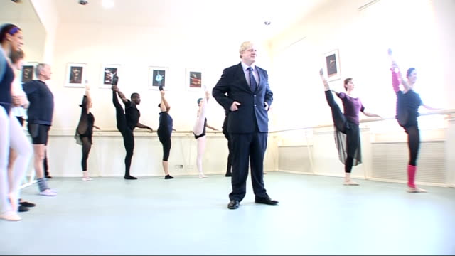 boris johnson wins london mayoral election t24040835 london int boris johnson in ballet dance class - bürgermeister stock-videos und b-roll-filmmaterial
