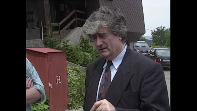 detention camps: radovan karadzic interview; bosnia and herzegovina: bosnian serbs hq: ext cms radovan karadzic interview sof - part 2 of 3 - ラドヴァン カラジッチ点の映像素材/bロール