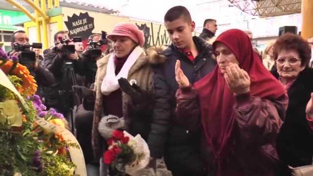 bosnians gathered on monday to commemorate the 24th anniversary of the 1994 markale massacre which took the lives of 68 people and injured nearly 150... - witness stock videos & royalty-free footage