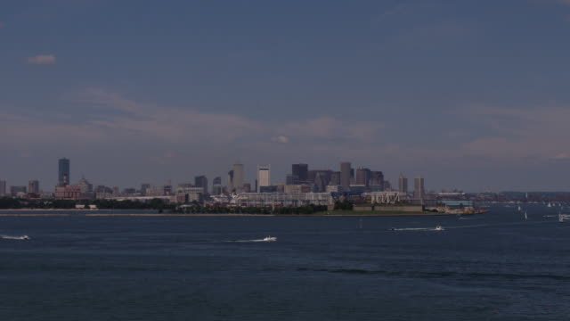 boston downtown time-lapse day zoom in - spoonfilm stock-videos und b-roll-filmmaterial