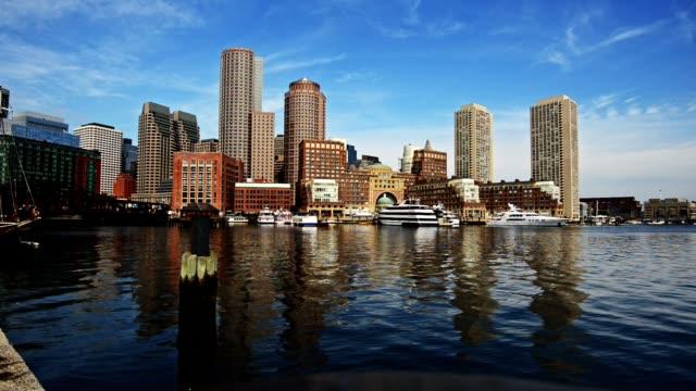 マリーナのボストンのタイムラプス - 澄んだ空点の映像素材/bロール