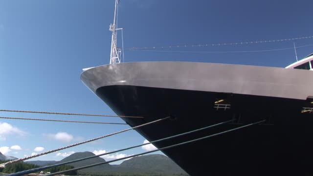 cu, bow of cruise ship in port, ketchikan, alaska, usa - tied up stock videos & royalty-free footage