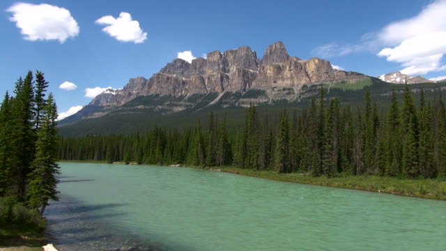 MS Bow River and Castle Mountain / Banff National park, Alberta, Canada