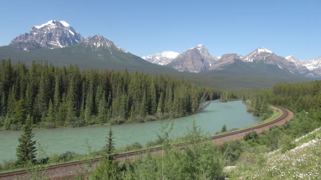 MS Bow River at morants curve with railway track / Banff National park, Alberta, Canada