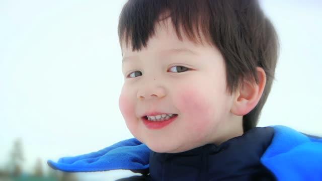 Boy Eats Snow (HD)