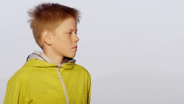 少年  - 横顔点の映像素材/bロール