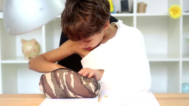 boy with broken arm - broken pencil stock videos & royalty-free footage