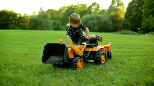 boy with tractor - agricultural machinery stock videos & royalty-free footage