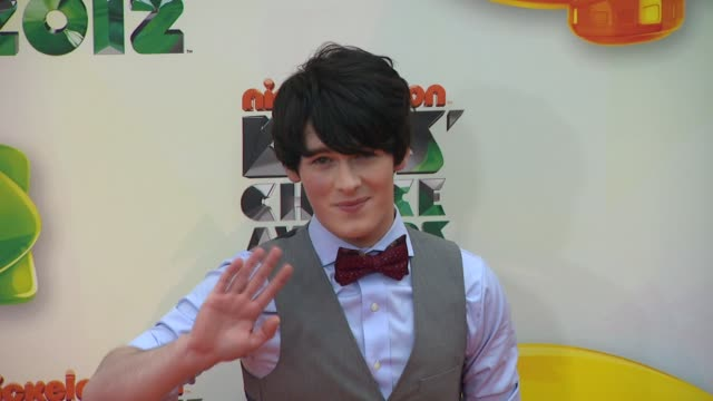 brad kavanagh at nickelodeon's 25th annual kids' choice awards on 3/31/2012 in los angeles ca - nickelodeon bildbanksvideor och videomaterial från bakom kulisserna