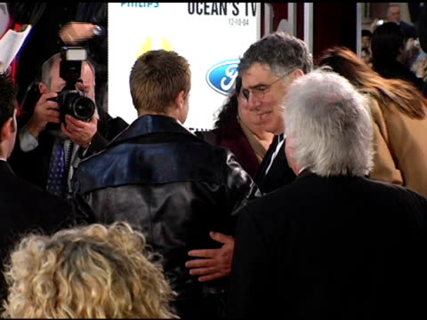 brad pitt and elliott gould at the 'ocean's twelve' los angeles premiere arrivals at grauman's chinese theatre in hollywood california on december 8... - elliott gould stock videos & royalty-free footage
