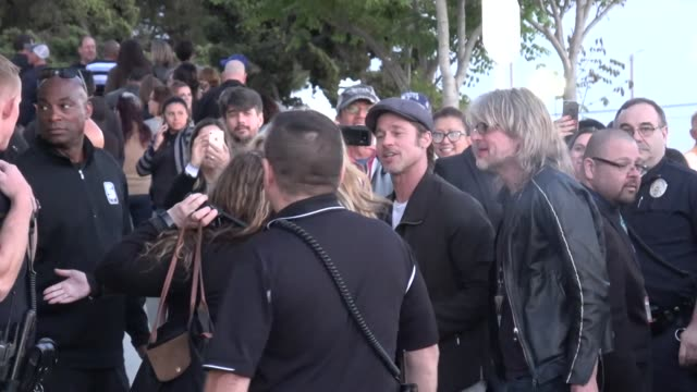brad pitt arrives at u2's experience innocence concert at the forum in inglewood in celebrity sightings in los angeles - brad pitt attore video stock e b–roll