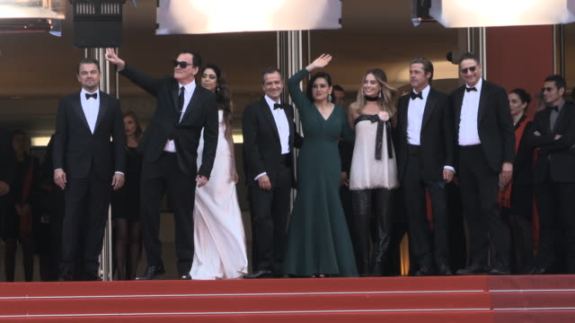 GIF Brad Pitt Leonardo DiCaprio Margot Robbie Quentin Tarantino Daniela Pick at 'Once Upon a time in Hollywood ' Red Carpet Arrivals The 72nd Cannes...