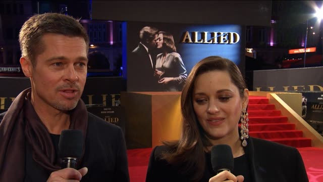 vídeos y material grabado en eventos de stock de interview brad pitt marion cotillard on each others characters at 'allied' uk film premiere at odeon leicester square on november 21 2016 in london... - brad pitt