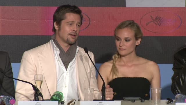 brad pitt on making the movie with tarantino at the cannes film festival 2009 inglourious basterds press conference arrivals at cannes - 62 ° festival internazionale del cinema di cannes video stock e b–roll