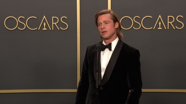 vídeos de stock e filmes b-roll de speech brad pitt on winning best supporting actor at the 92nd annual academy awards press room at dolby theatre on february 09 2020 in hollywood... - cerimónia dos óscares