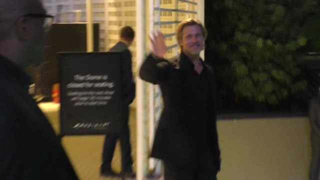 brad pitt waves to fans outside the ad astra premiere at arclight cinerama dome in hollywood in celebrity sightings in los angeles - cinerama dome hollywood stock videos & royalty-free footage